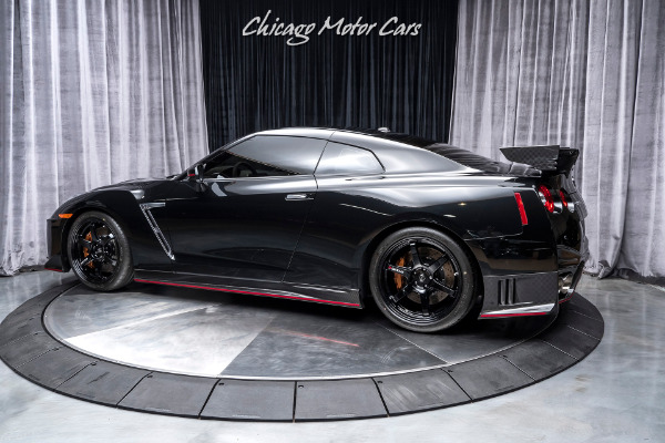 Used-2018-Nissan-GT-R-NISMO-Coupe-SUPER-RARE-EXAMPLE-ONLY-108-MILES