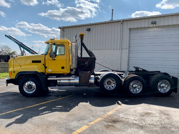 Used-2007-MACK-CL-733-Truck-Tractor