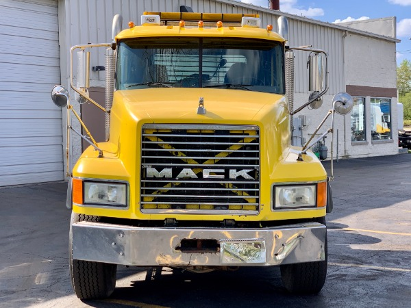 Used-2007-MACK-CL-733-Day-Cab---Cummins-ISX---VERY-NICE