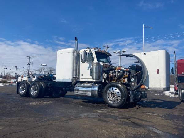 Used-2004-Peterbilt-379-Truck-Tractor