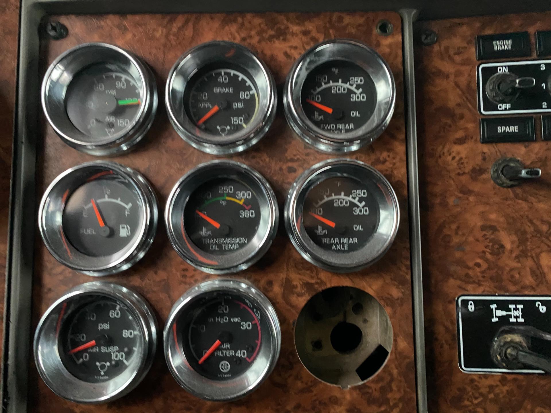 Used-2003-KENWORTH-W900