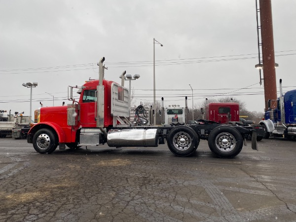 Used-2007-Peterbilt-379-Day-Cab---CAT-C-15---SUPER-CLEAN