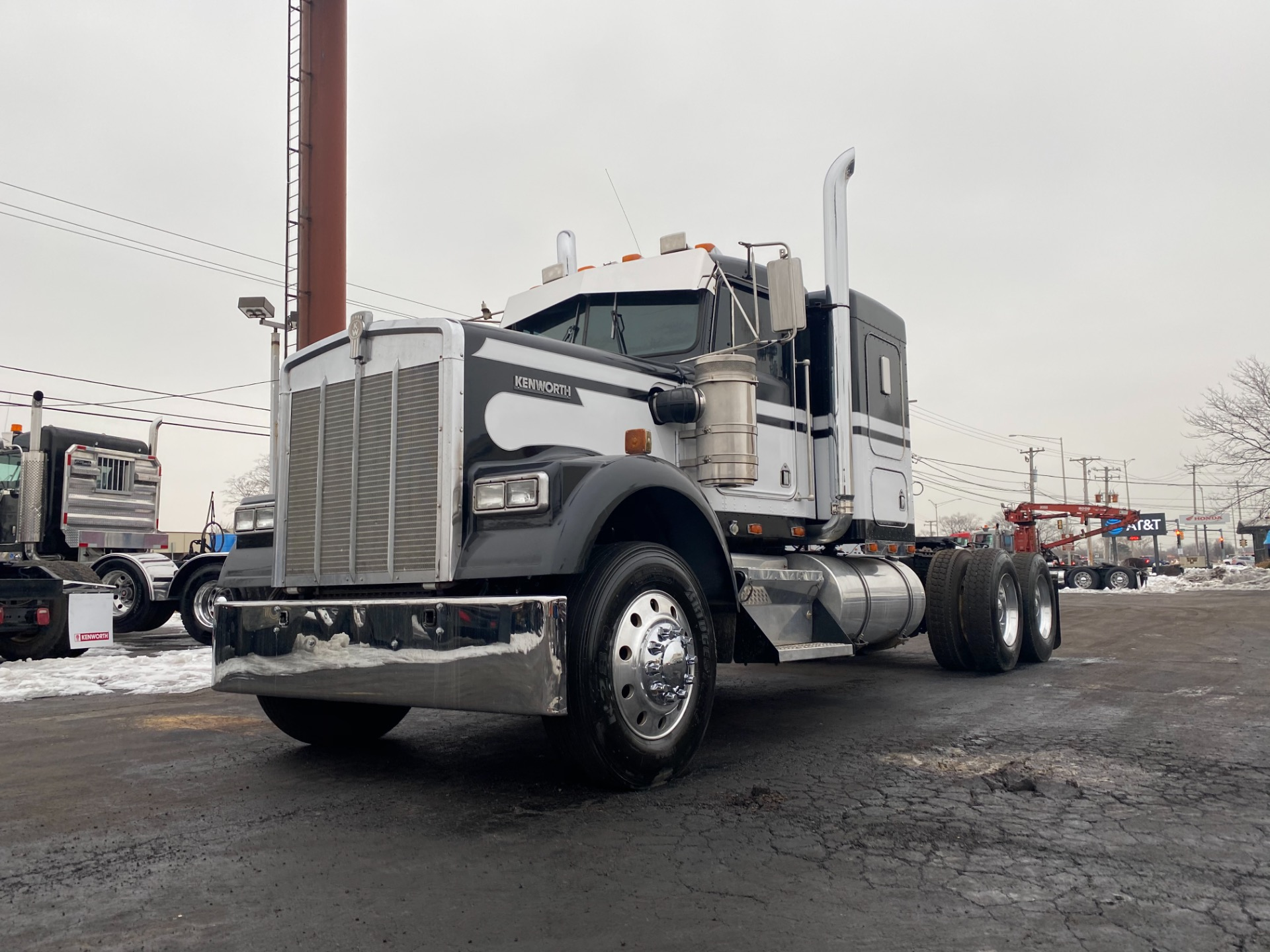 Used-1996-KENWORTH-W900