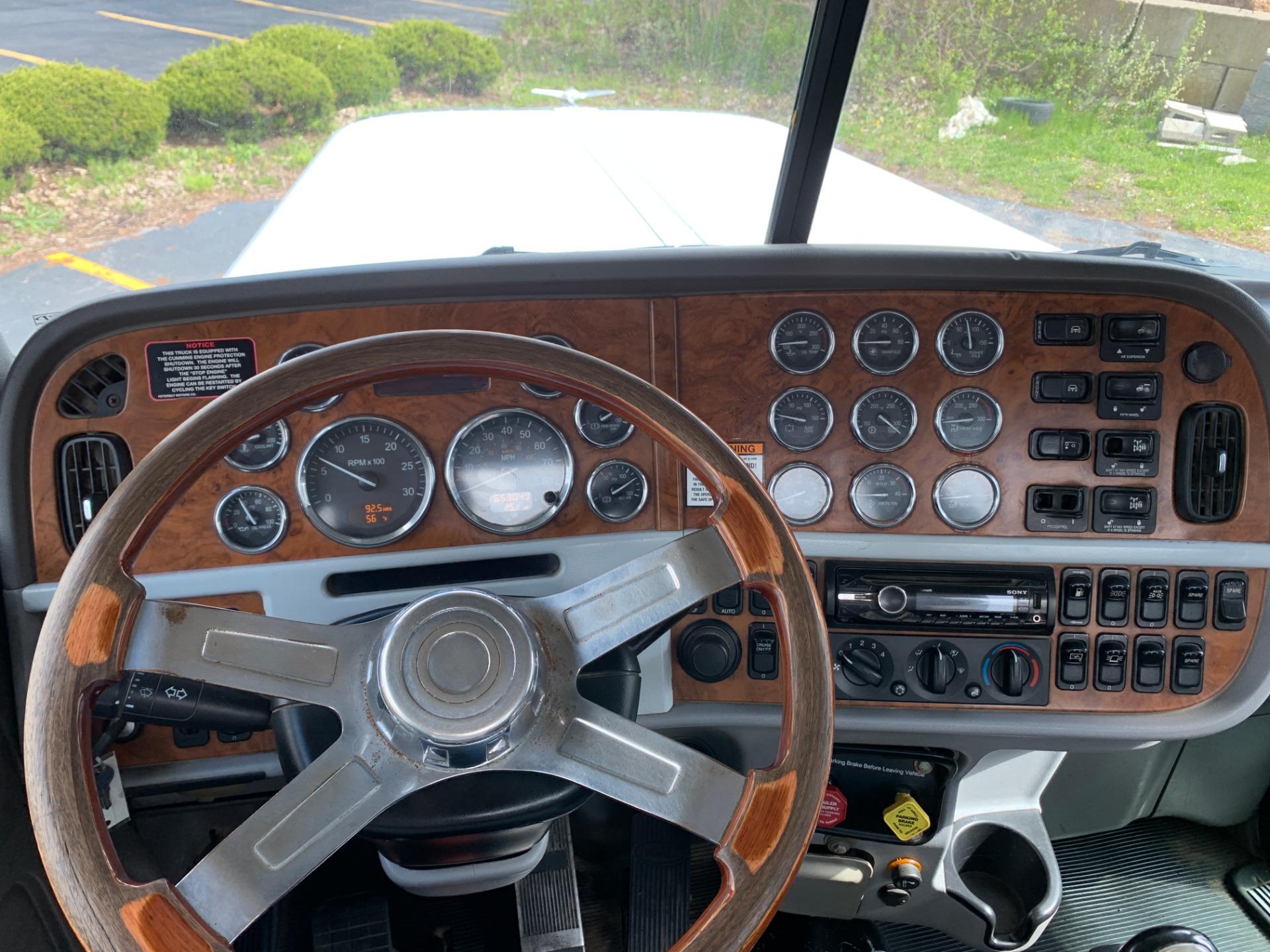 Used-2010-Peterbilt-388-Tri-Axle-Day-Cab---Cummins-ISX-550-hp