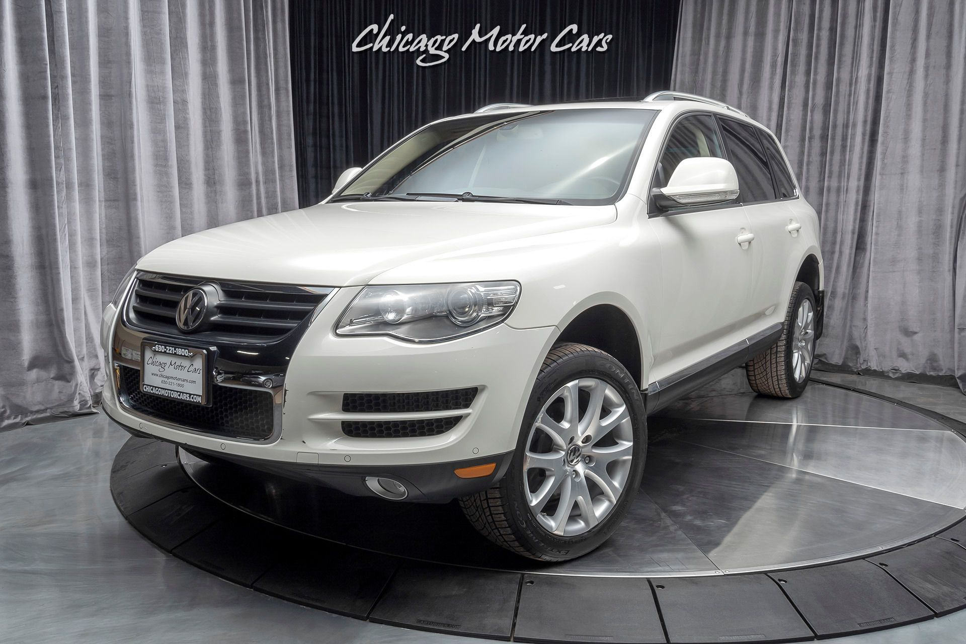Used 2009 Volkswagen Touareg 2 V6 Tdi For Sale Special Pricing Chicago Motor Cars Stock 16934