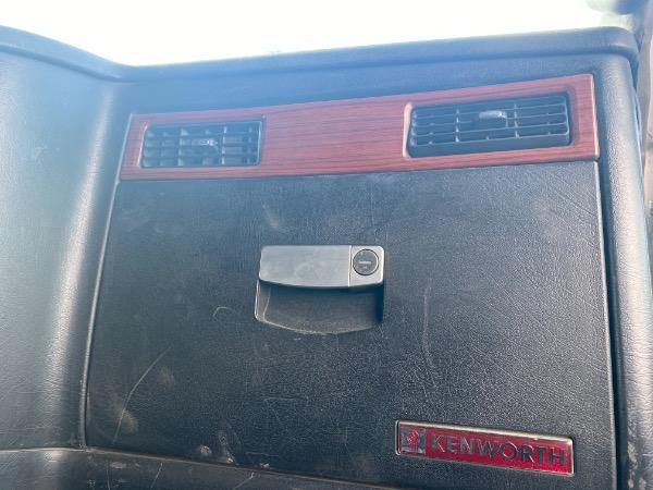 Used-2009-Kenworth-T800-Day-Cab---Cummins-ISX