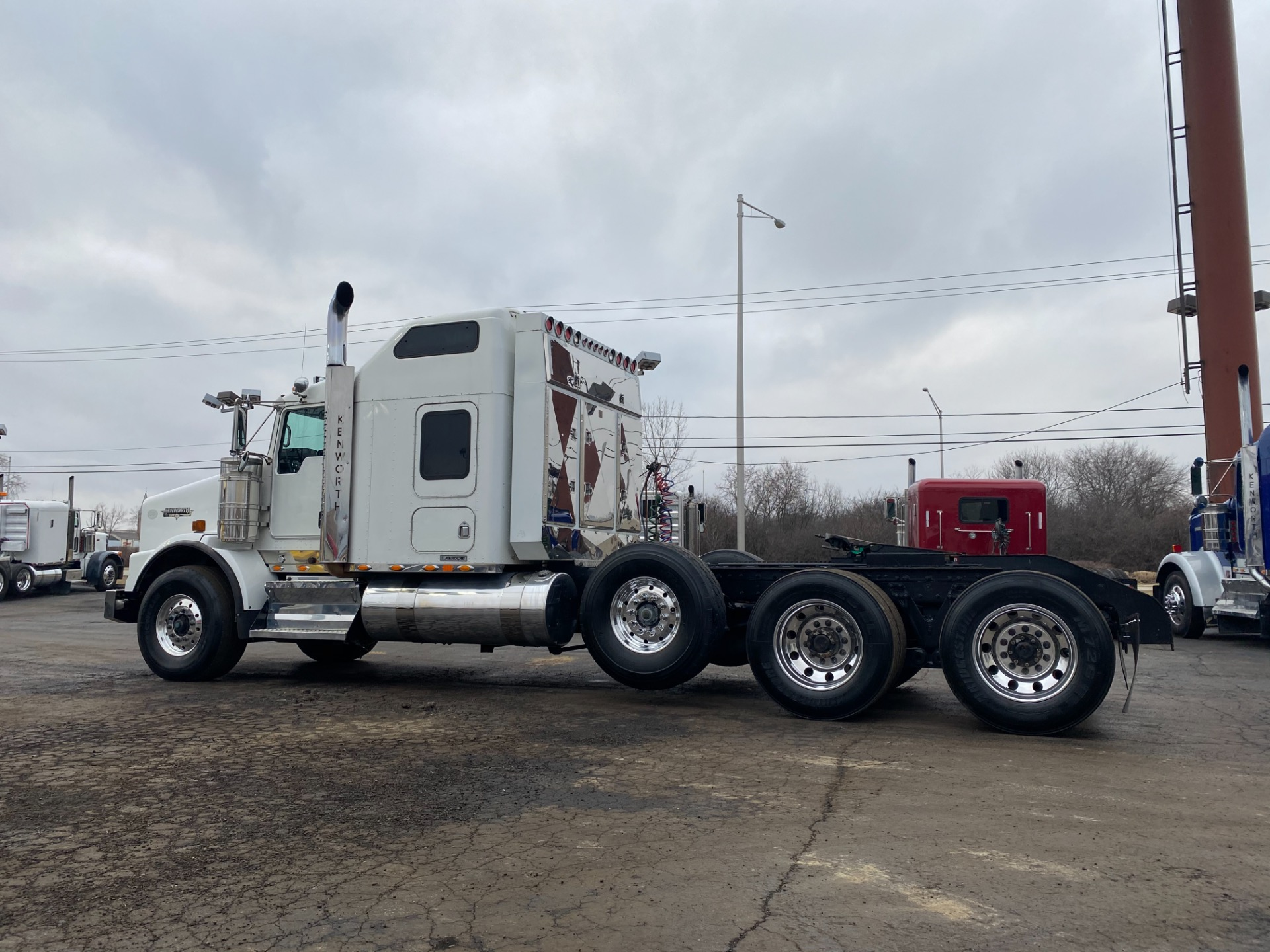 Used-2009-KENWORTH-T800W-Sleeper-Cab---Cummins-ISX---600HP