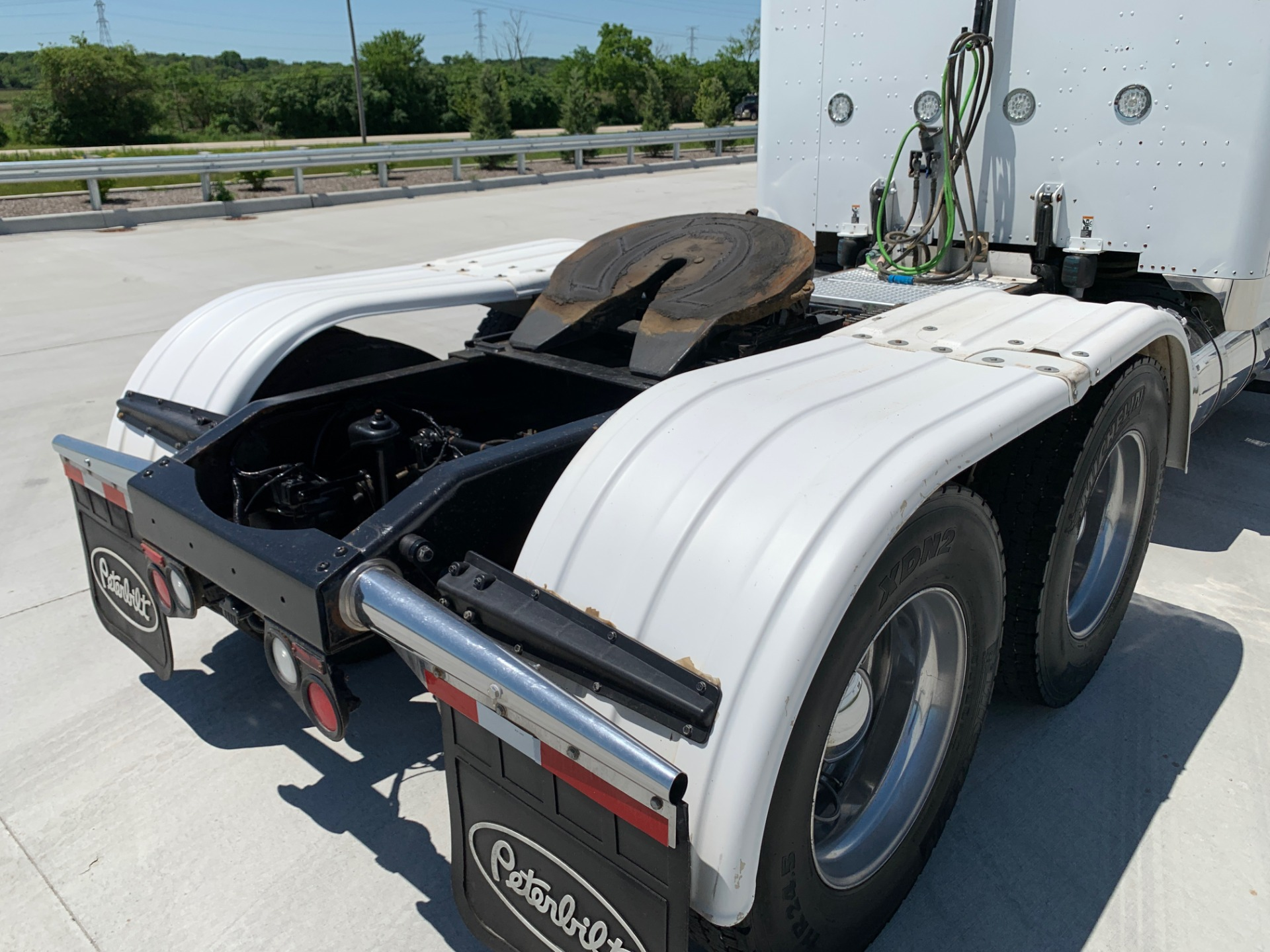 Used-2012-Peterbilt-389-SLEEPER-CANADIAN-REGISTERED-GLIDER-Detroit-Series-60-500-HP-SHIPPING-TO-CANADA-INCLUDED