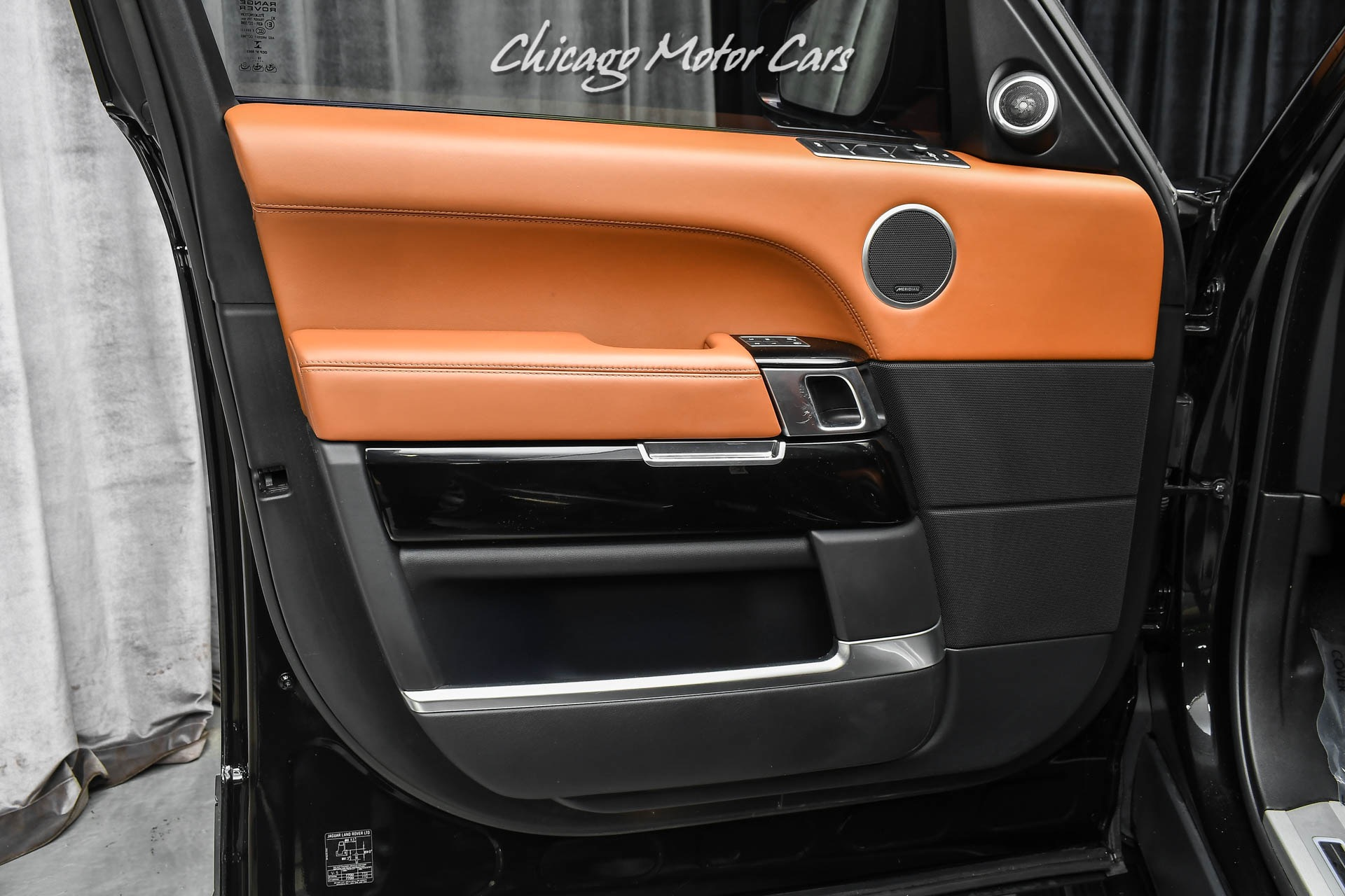 Used-2017-Land-Rover-Range-Rover-Autobiography-Supercharged-Loaded-Power-Running-Boards-TV-DVD