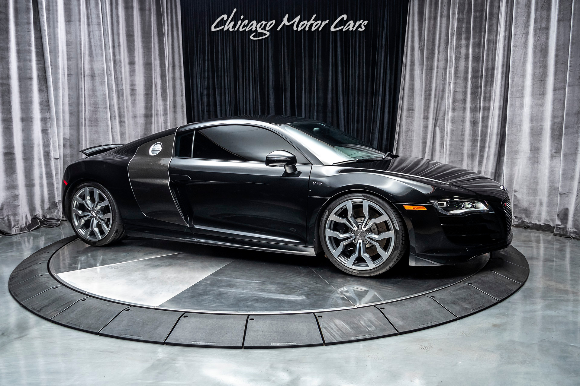 Used-2011-Audi-R8-52-quattro-Coupe-Original-MSRP-167k-UPGRADES-ENHANCED-LEATHER-PACKAGE