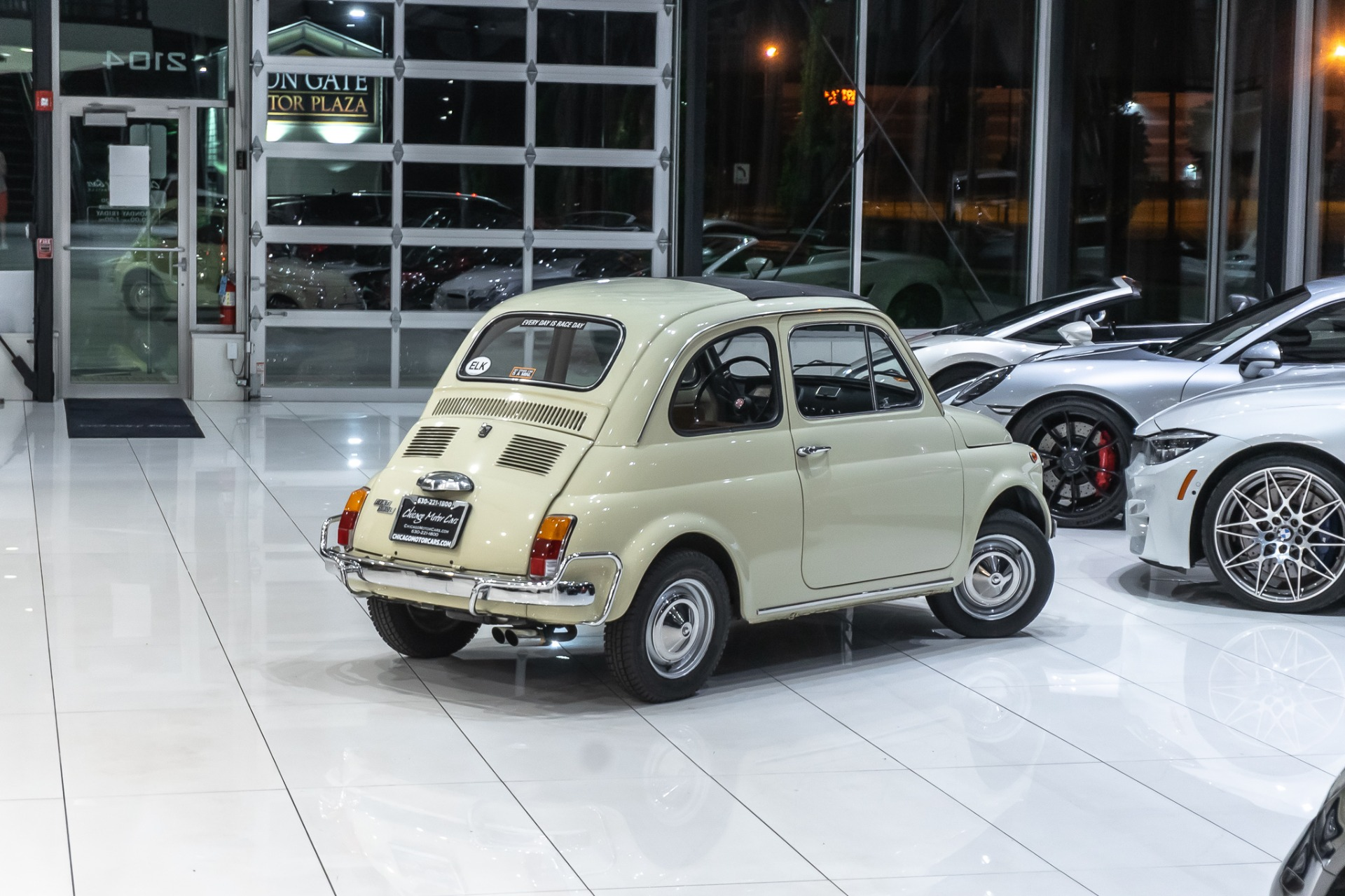 Used-1972-Fiat-500L-FULLY-RESTORED-RAGTOP-ROOF-LUSSO-PKG