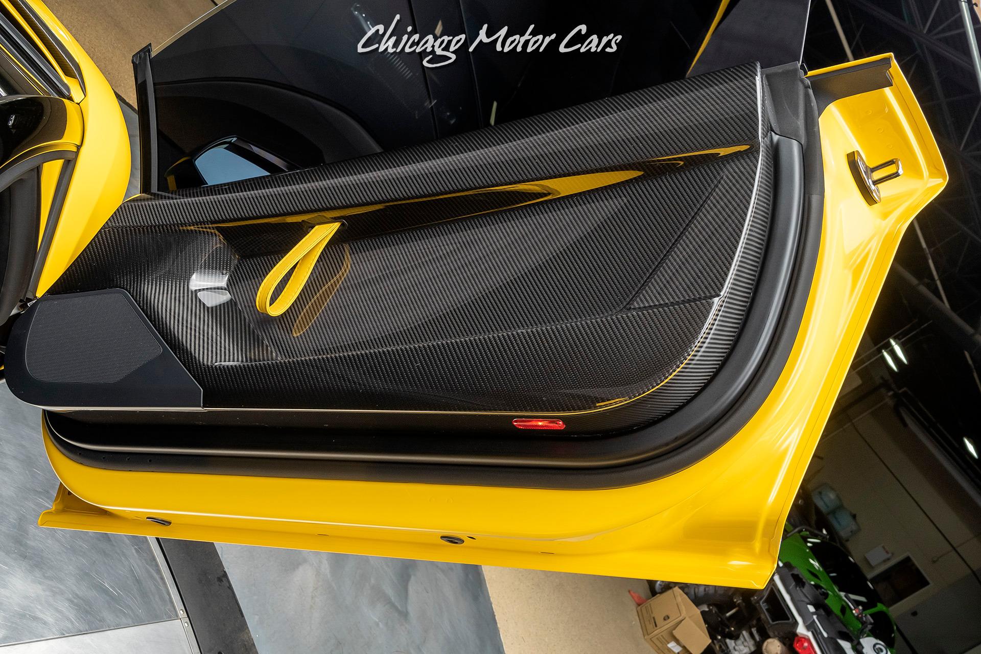 Used-2020-Lamborghini-Aventador-SVJ-LP770-4-Roadster-Only-1k-Miles-New-Giallo-Orion-RARE-PPF