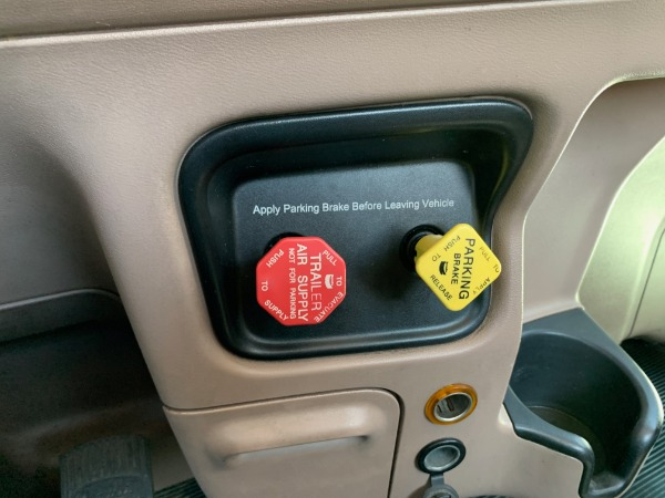 Used-2007-Peterbilt-379-Tandem-Axle-Day-Cab---Cummins-ISX---10-Speed