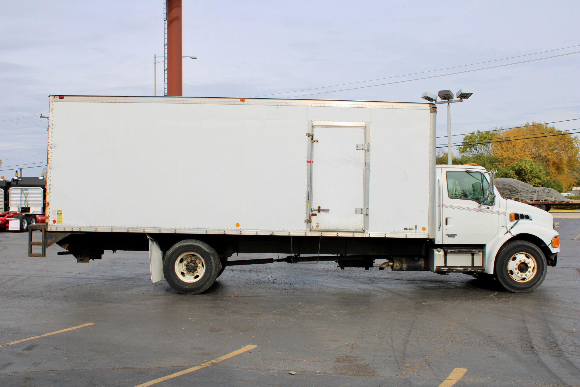 Used-2006-Sterling-Acterra-Box-Truck-CAT-Diesel-Automatic-Low-Miles