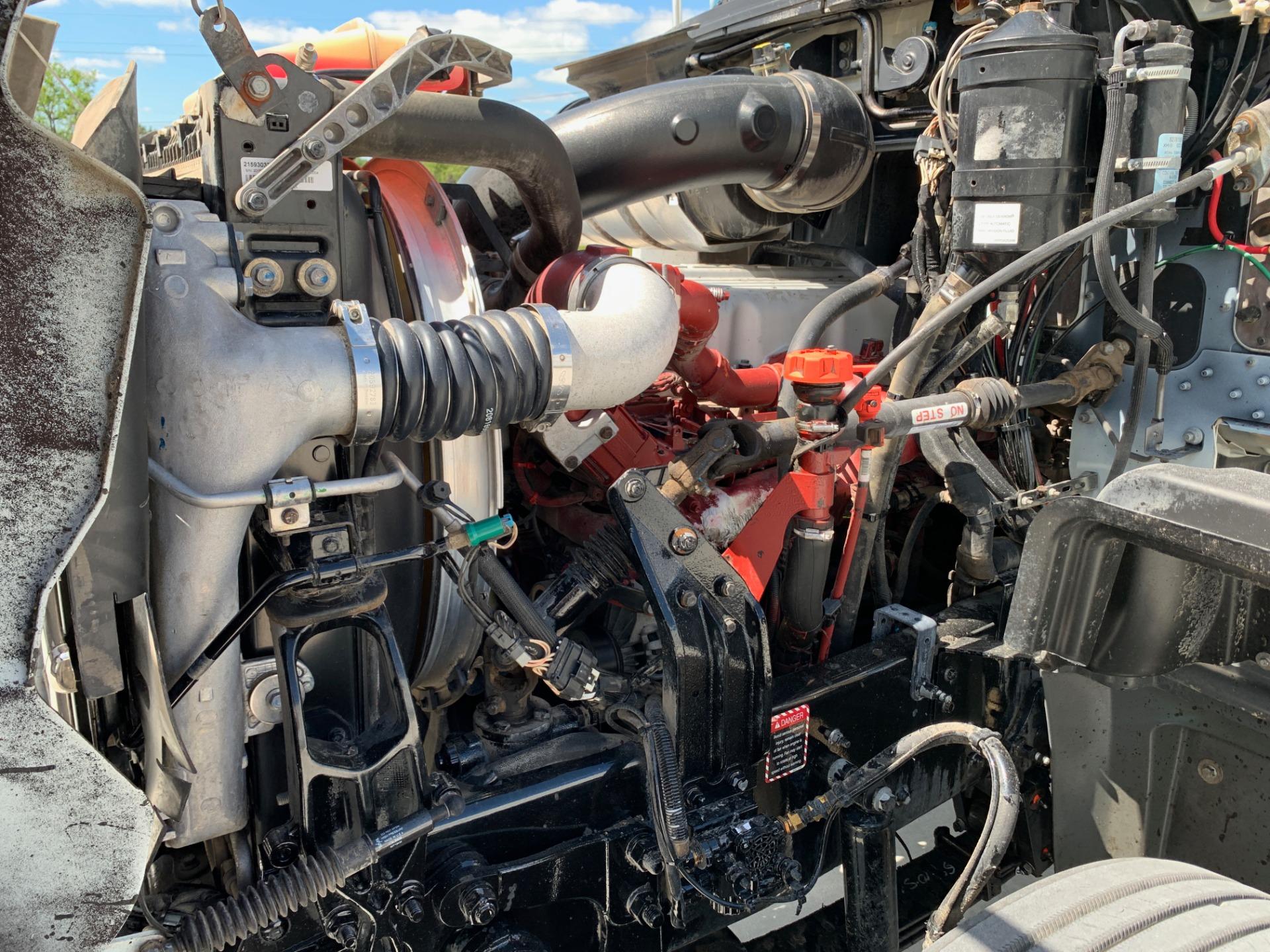 Used-2016-MACK-GU-713-Day-Cab---Mack-MP7-405-HP---10-Speed-Manual