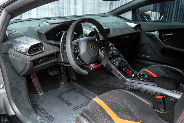 Used-2018-Lamborghini-Huracan-LP640-4-Performante-Coupe---LOADED-wFACTORY-OPTIONS-FULL-CLEAR-BRA