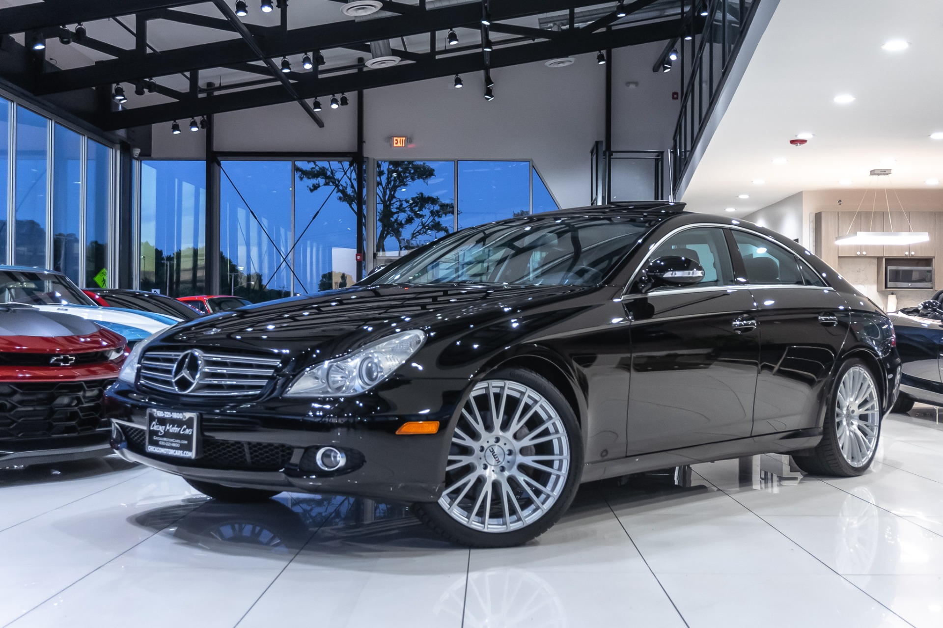 Used-2008-Mercedes-Benz-CLS550-SEDAN-HEATED-SEATS-AFTERMARKET-WHEELS-ONLY-70K-MILES