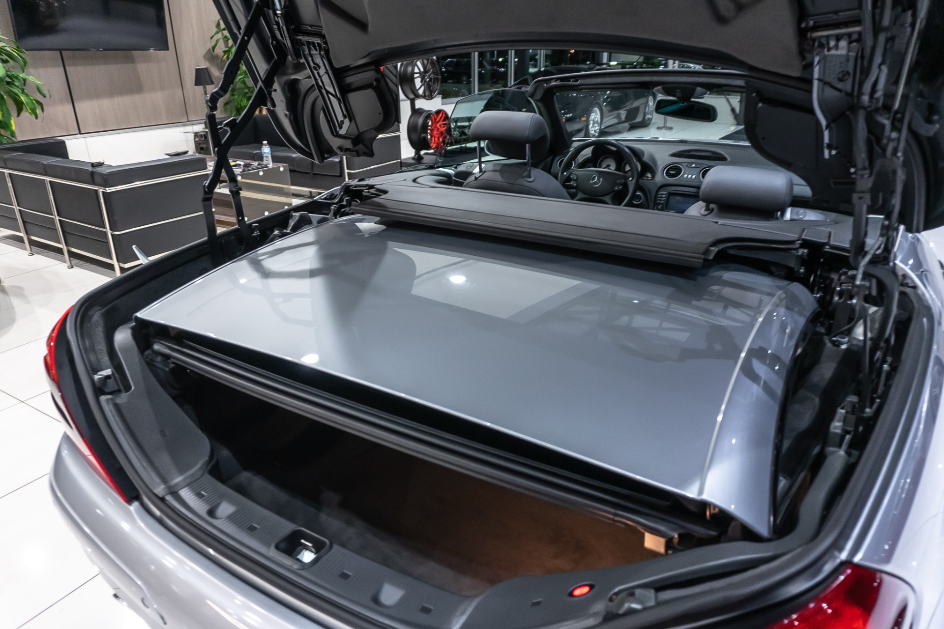 Used-2006-Mercedes-Benz-SL55-AMG-Roadster-PERFORMANCE-PKG