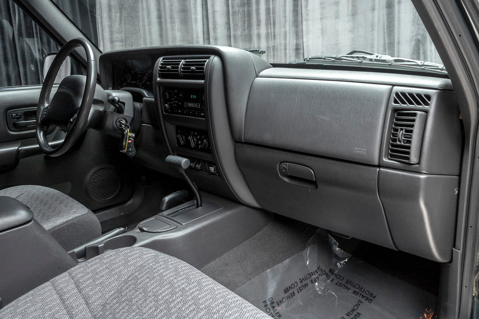 Used 2000 Jeep Cherokee Sport 4x4 One Owner 48k Original Miles For Sale Special Pricing Chicago Motor Cars Stock 17527