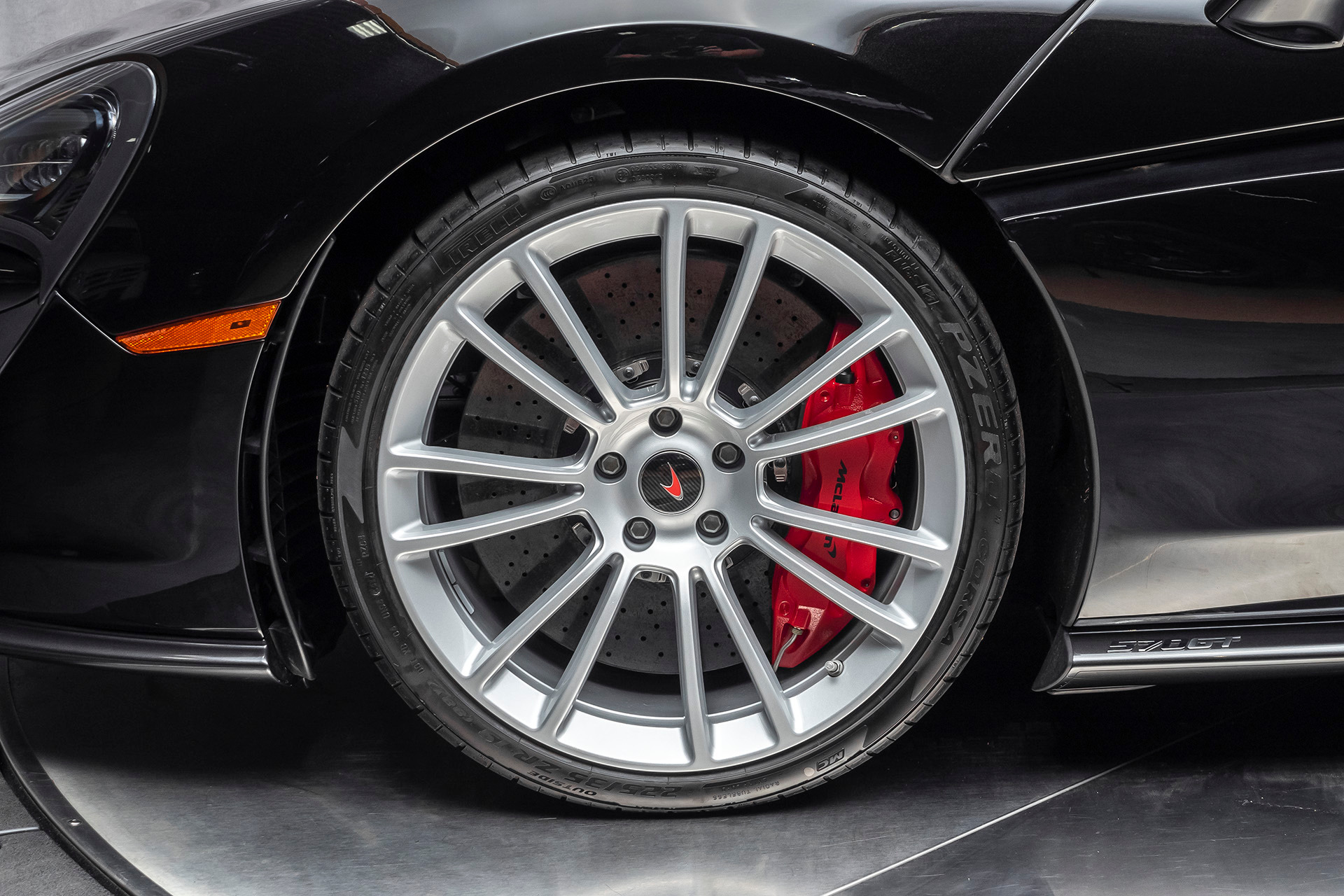 Used-2018-McLaren-570GT-Coupe-ONLY-97-Miles-Perfect-Example