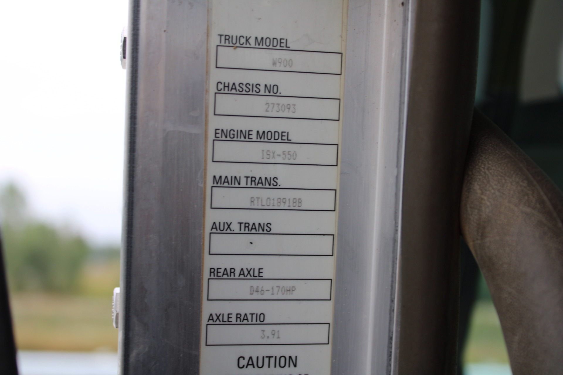 Used-2010-Kenworth-W900-Tri-Axle-Heavy-Haul-Day-Cab---Cummins-ISX-485HP
