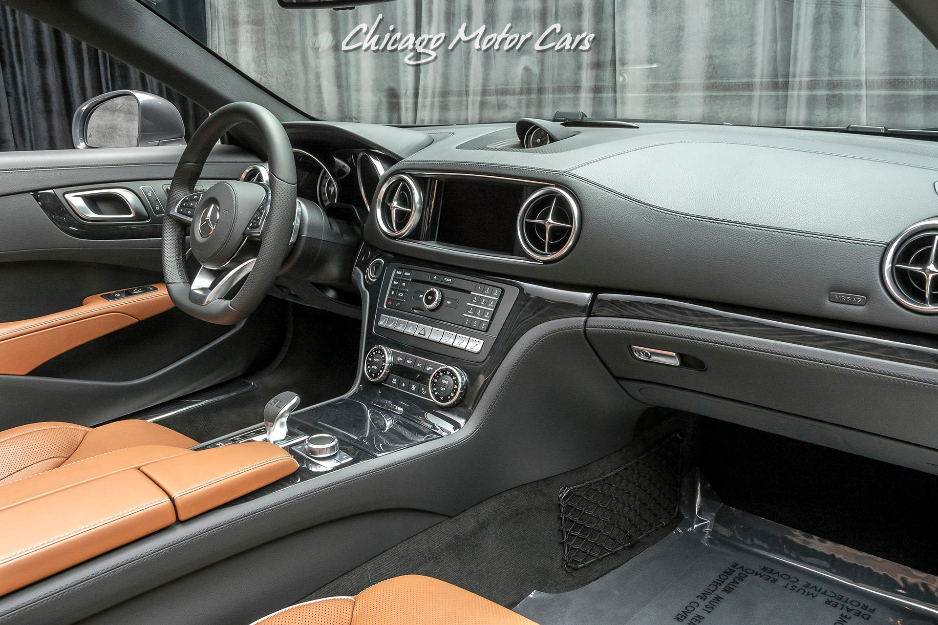 Used-2020-Mercedes-Benz-SL550-Convertible-Premium-Package-ONLY-200-Miles-Pristine
