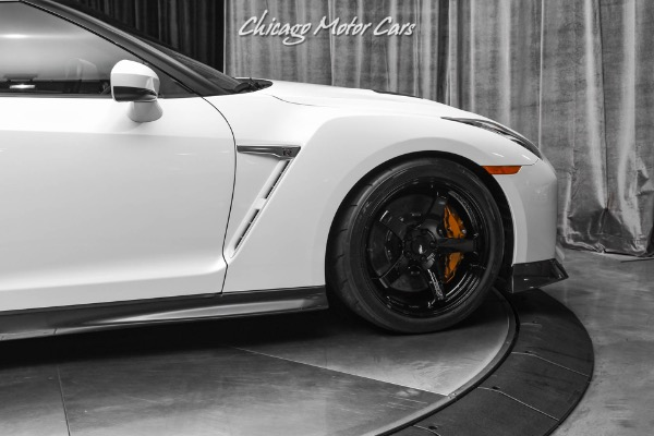 Used-2017-Nissan-GT-R-Premium-Coupe-840WHP-RARE-COLOR-COMBO