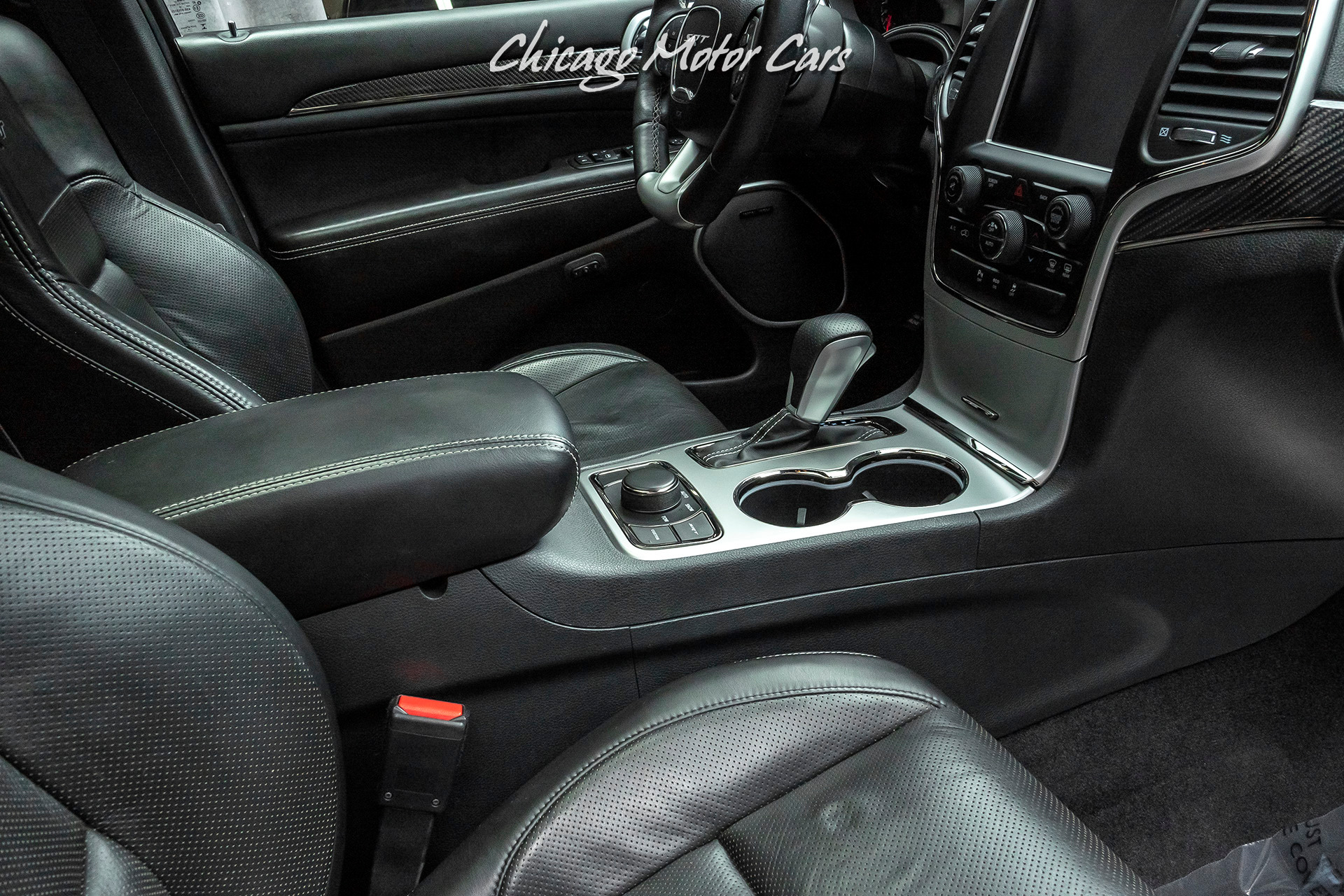 Used 2016 Jeep Grand Cherokee Srt Awd Suv Srt High Performance Audio Panoramic Sunroof For Sale 42 800 Chicago Motor Cars Stock 17354a