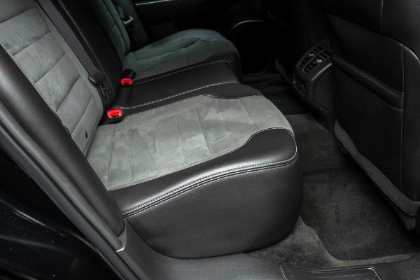 Used-2016-Ford-Taurus-SHO-VentilatedHeated-Seats-Two-Tone-Interior