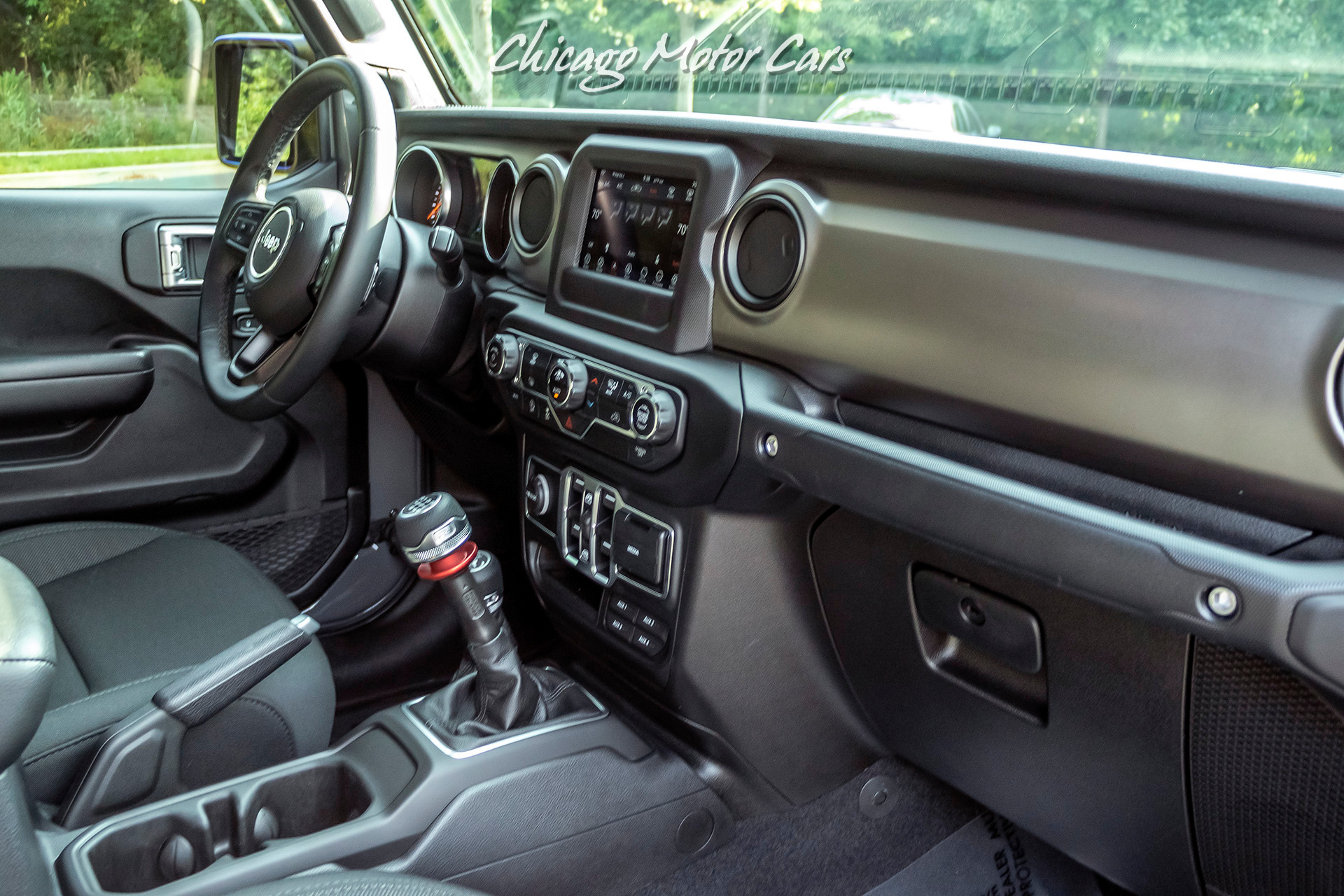 Used-2020-Jeep-Gladiator-Sport-S-Crew-Cab-Only-5k-Miles-MANUAL-Transmission