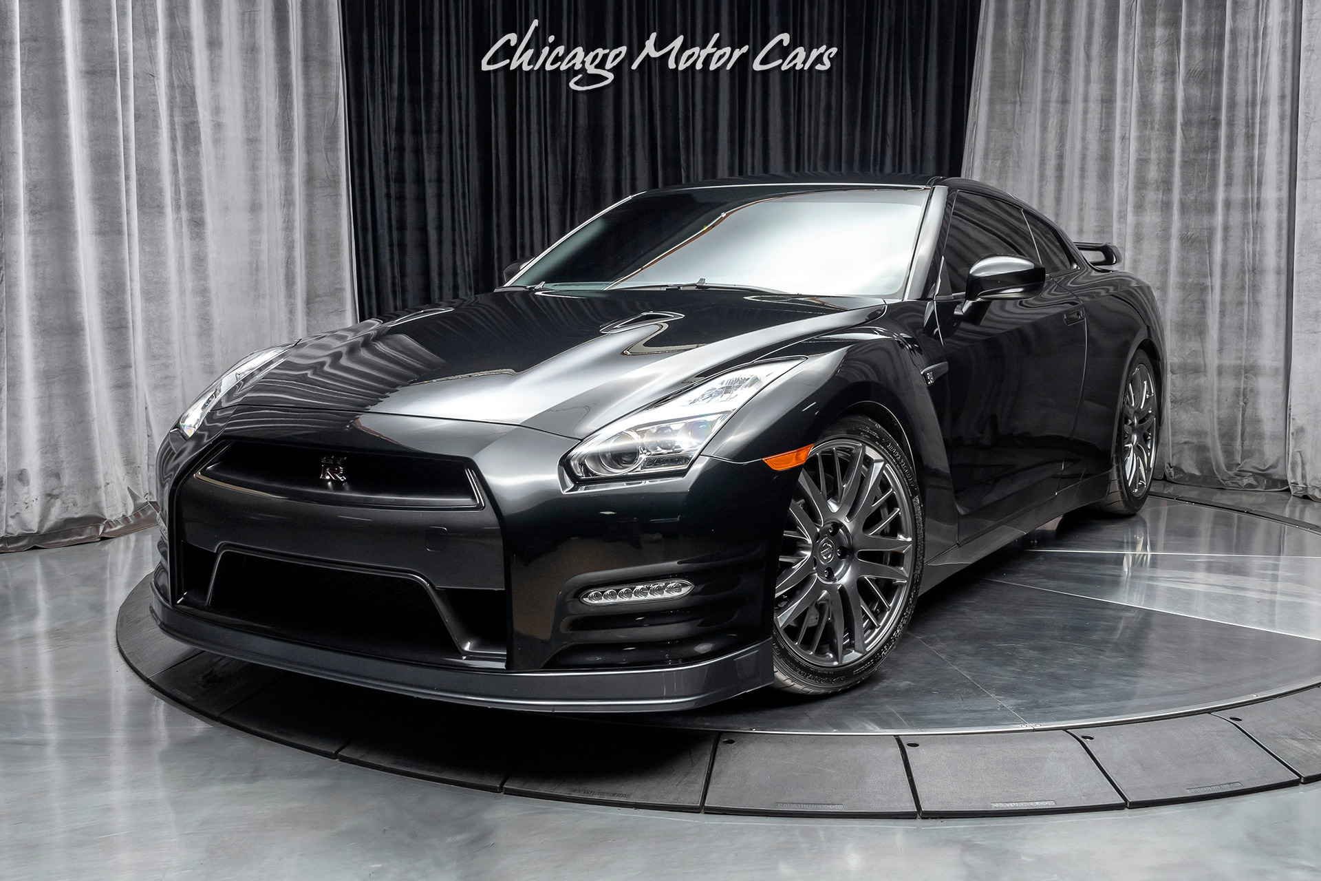 Used-2016-Nissan-GT-R-Coupe-FULL-BOLT-ON--600-WHP-16K-MILES