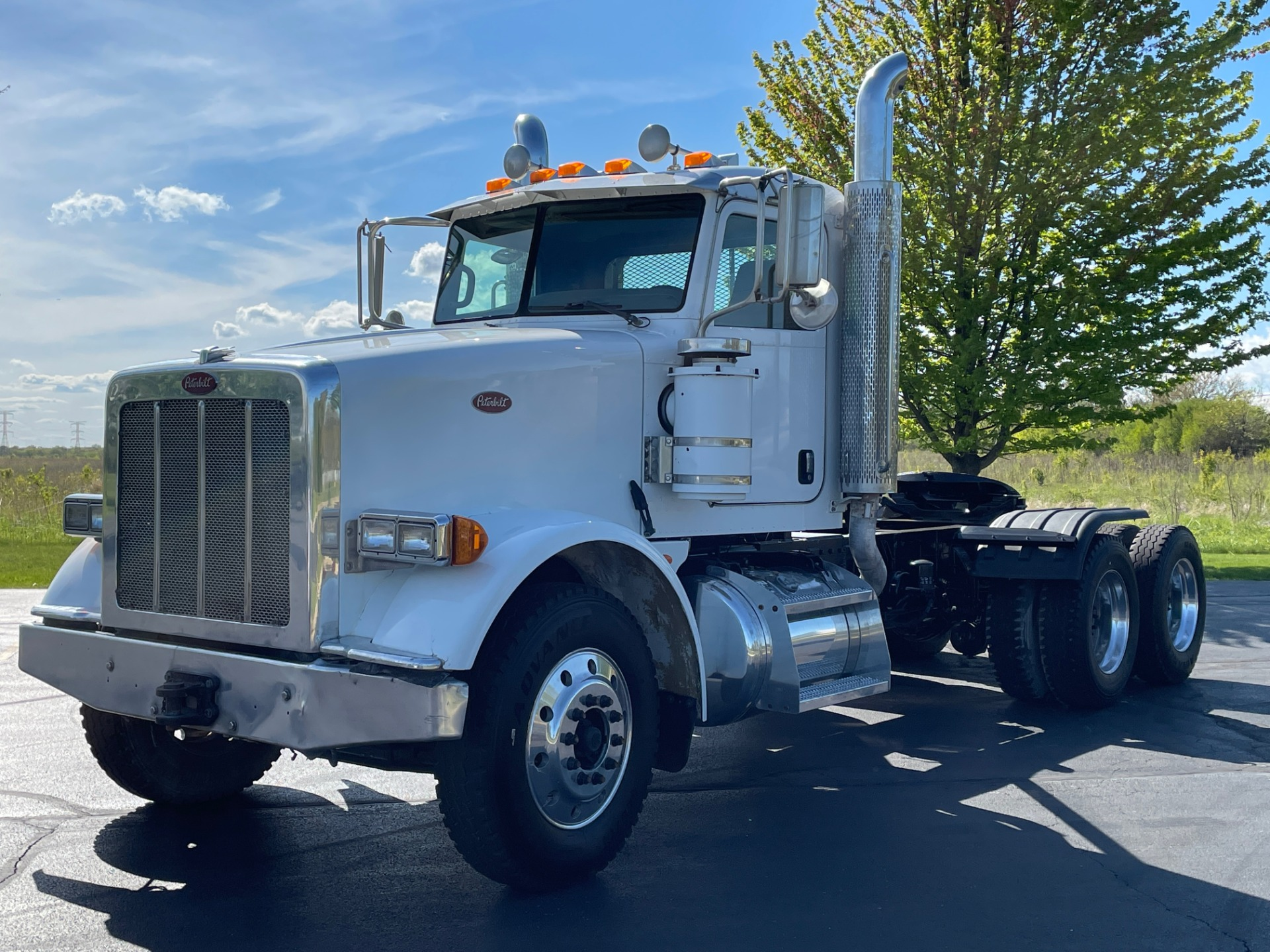 Used-2008-Peterbilt-367-Day-Cab--CAT-C15---40K-REARS