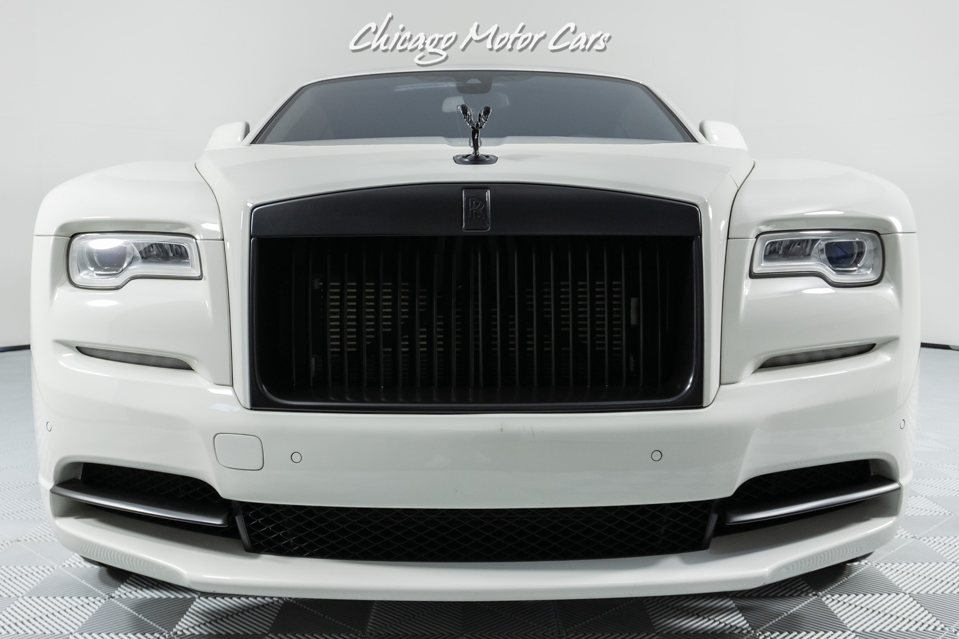 Used-2017-Rolls-Royce-Wraith-Driver-Assistance-1-Pkg-Low-Miles-Gorgeous-Example