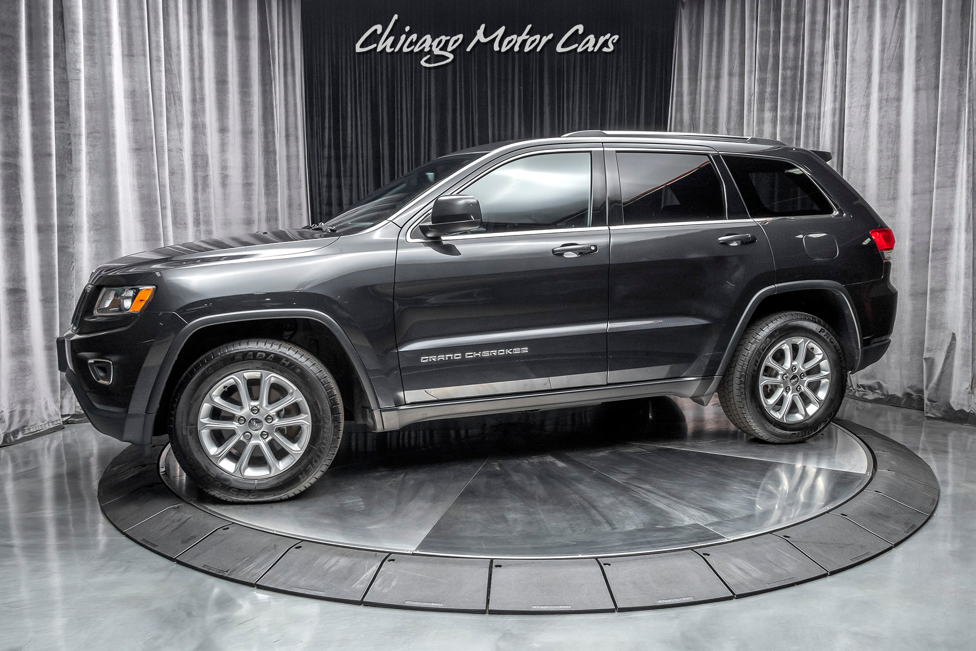 Used 2015 Jeep Grand Cherokee Laredo 4x4 Suv Msrp 36k Uconnect 1 Owner For Sale Special Pricing Chicago Motor Cars Stock 17498b