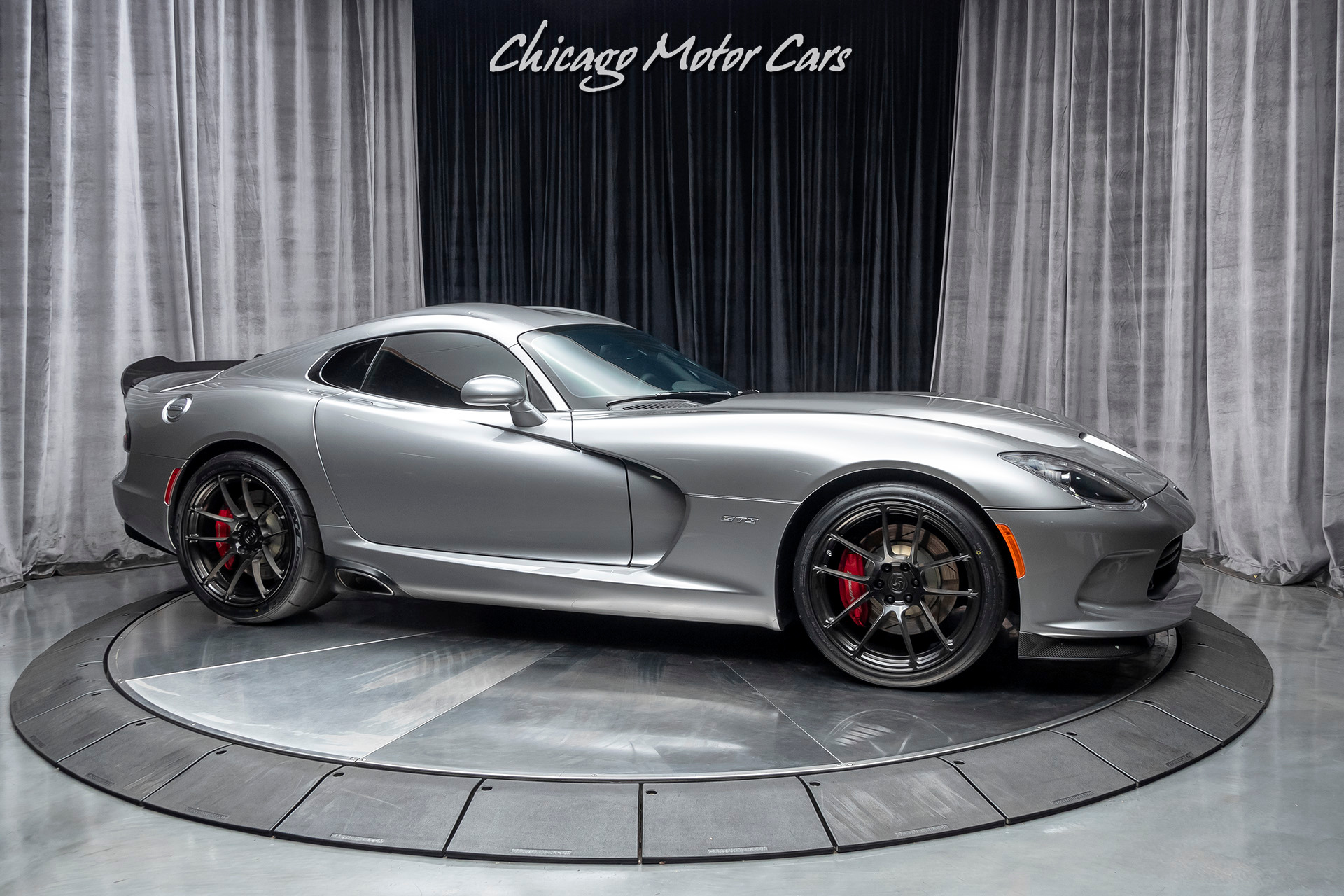 Used-2014-Dodge-SRT-Viper-GTS-Advance-Aerodynamics-Package-SRT-High-Performance-Audio