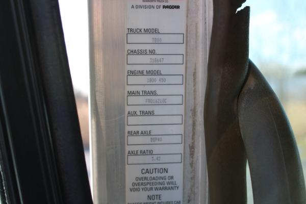 Used-2012-Kenworth-T800-AeroCab-Sleeper-Cab---Cummins-ISX