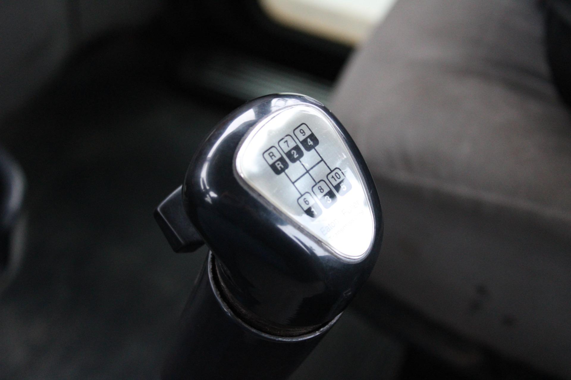 Used-2007-Peterbilt-378-Day-Cab---Cummins-ISX15---10-Speed---Wet-Kit