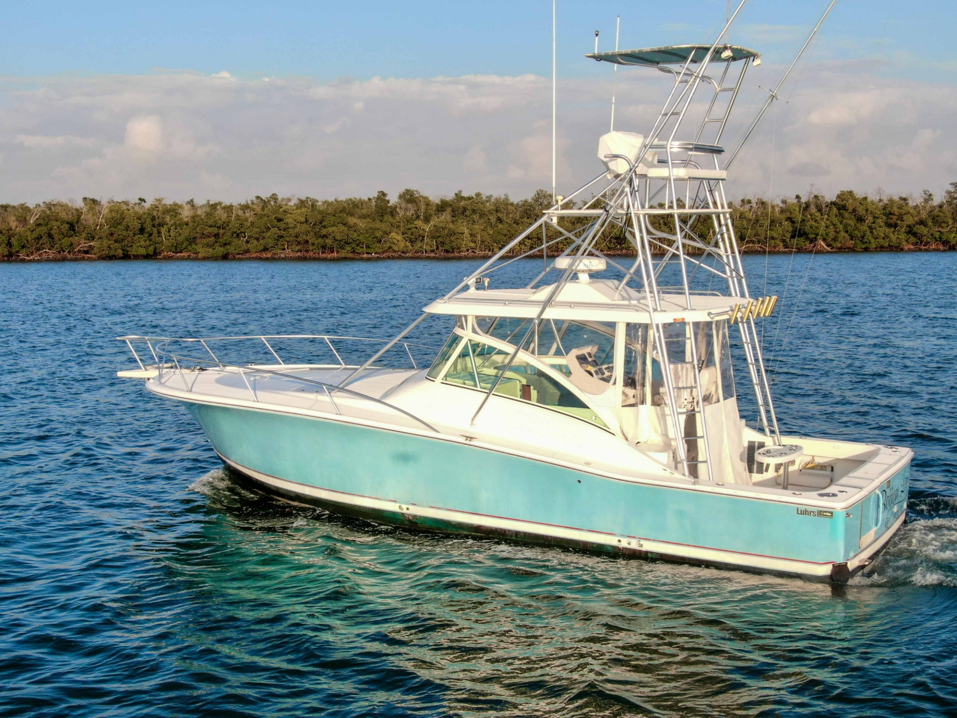 Used-2005-Luhrs-38-Sport-Fish-Cuddy-Cabin