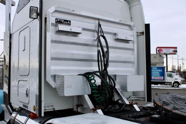 Used-2005-Kenworth-W900-Sleeper-Cab---Tri-Axle---CAT-C15---18-Spd