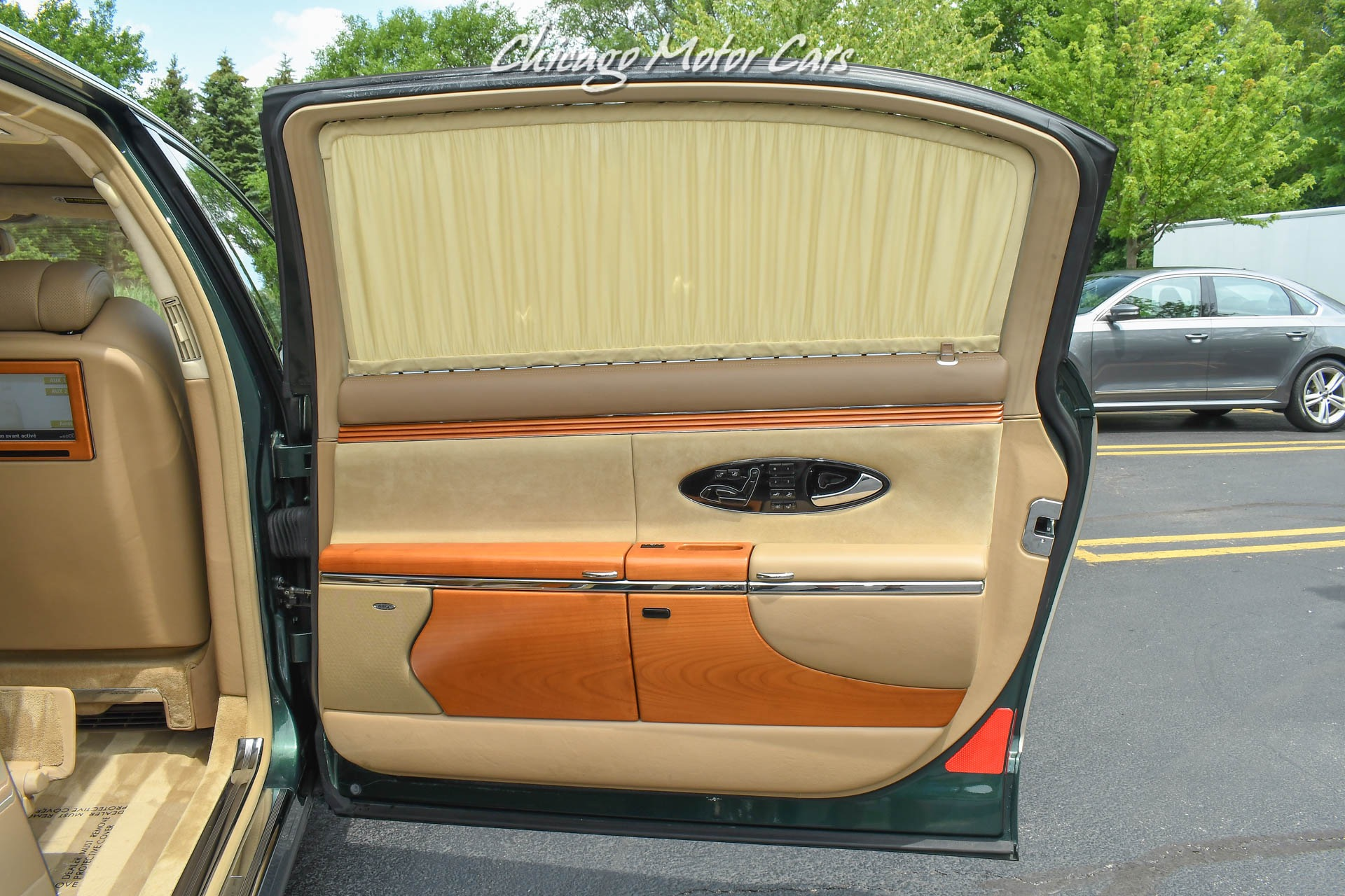 Used-2004-Maybach-62-PANO-ROOF-DUO-TONE-REAR-WINDOW-CURTAINS