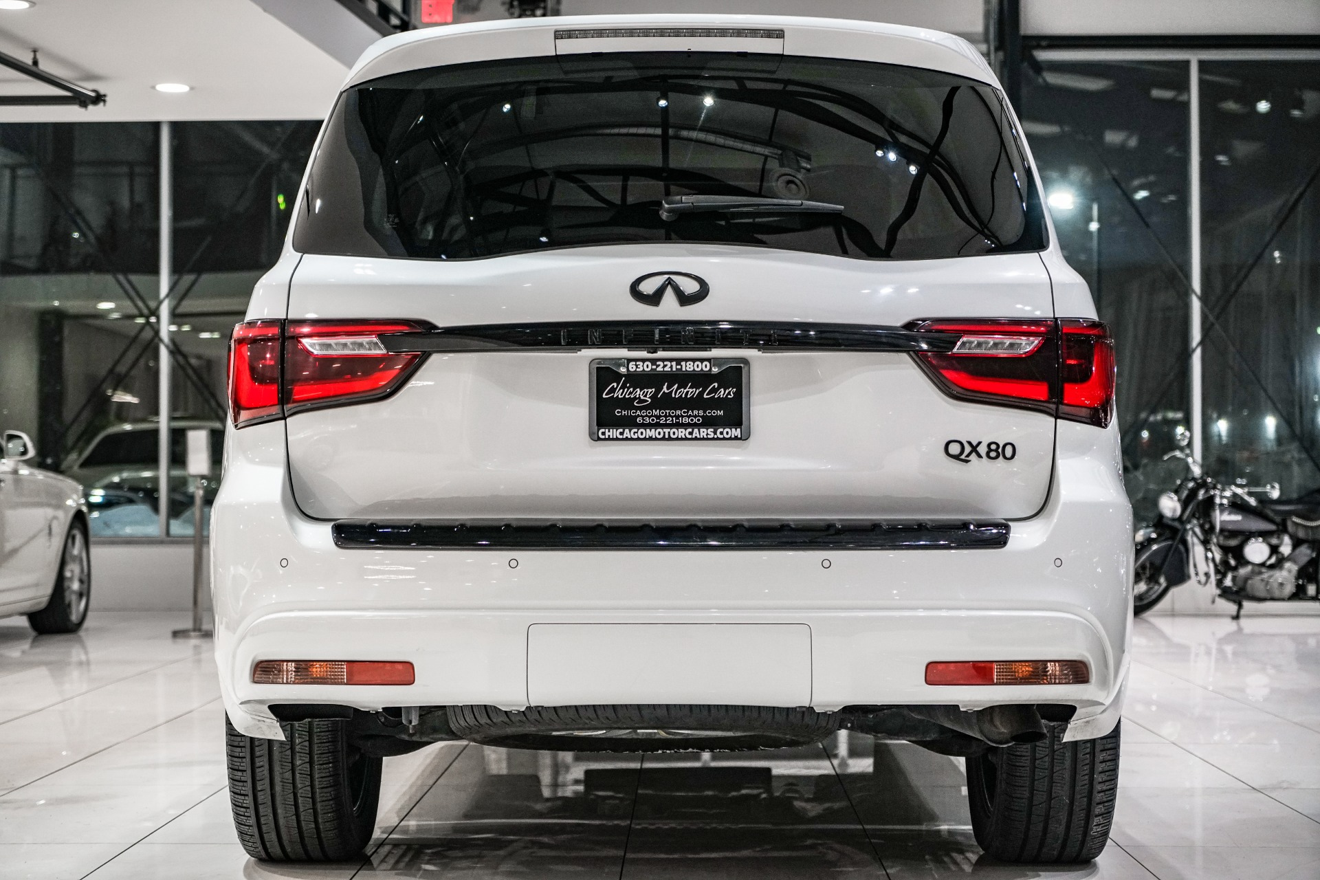 Used-2018-INFINITI-QX80-AWD-LOADED-REAR-ENTERTAINMENT-ONE-OWNER-REAR-CAMERA