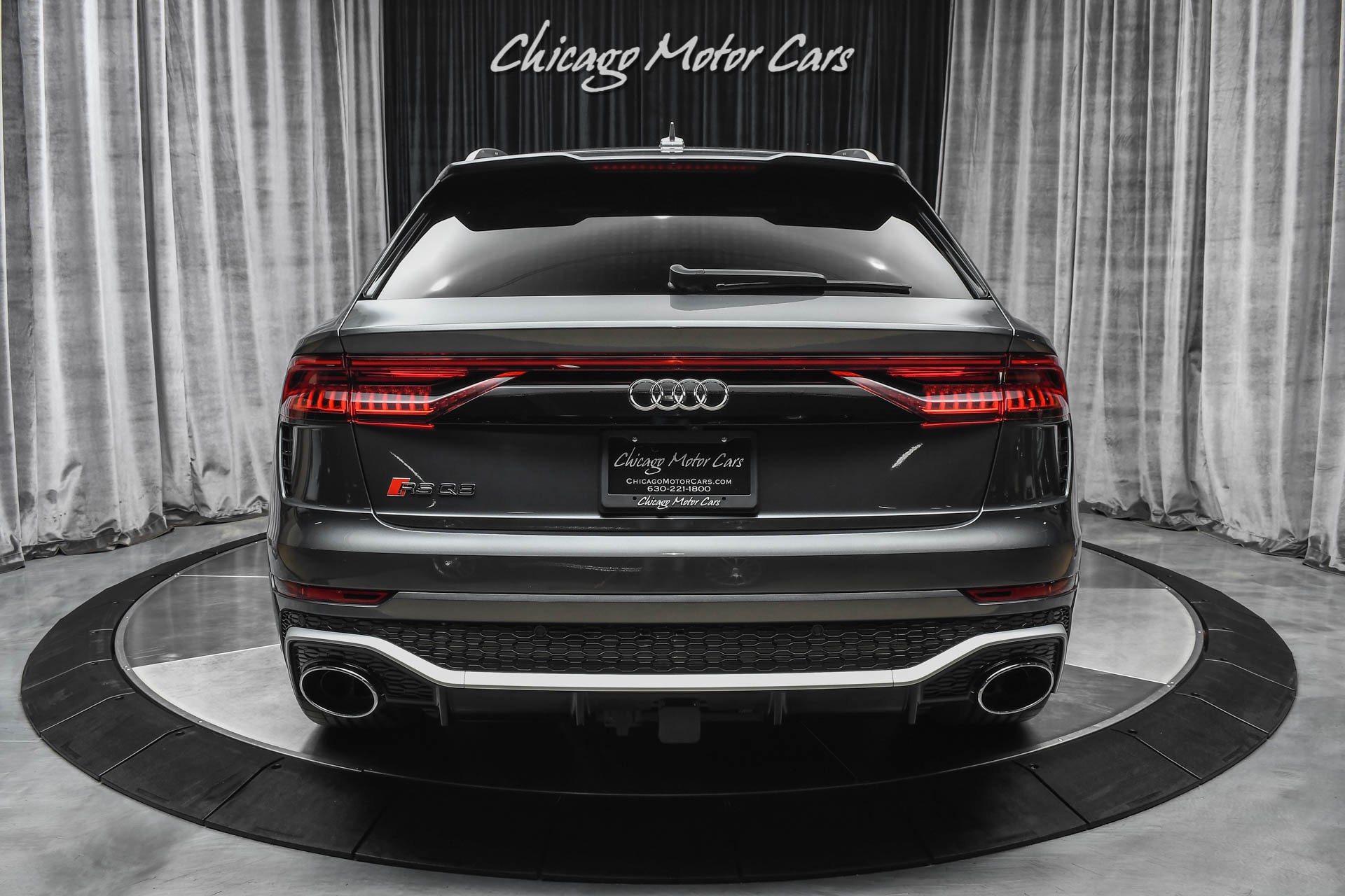 Used-2021-Audi-RSQ8-40T-Quattro-591-Horsepower-ONLY-72-Miles