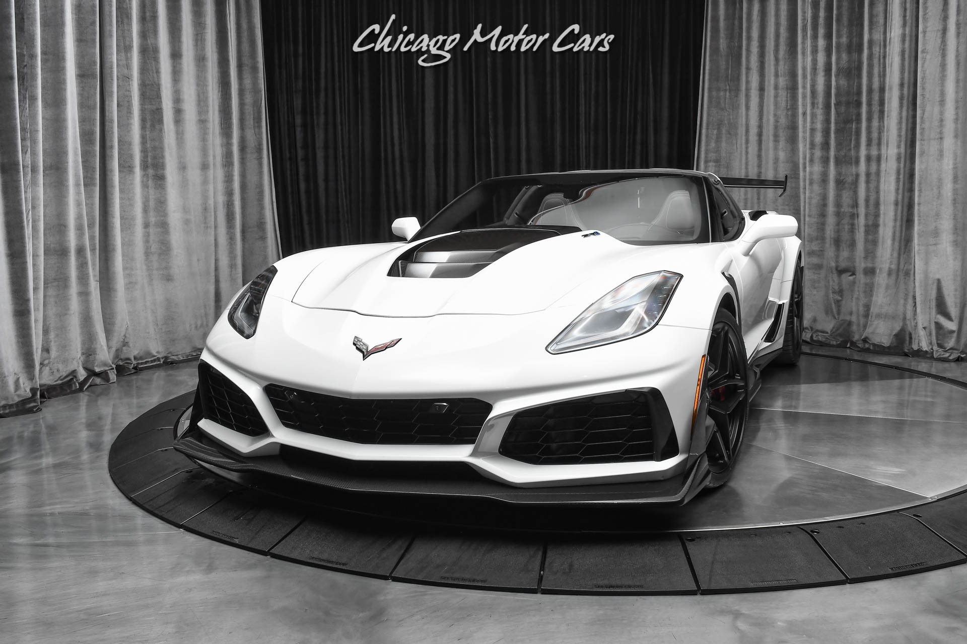 Used-2019-Chevrolet-Corvette-ZR1-3ZR-Package-Track-Performance-Package-9k-Miles