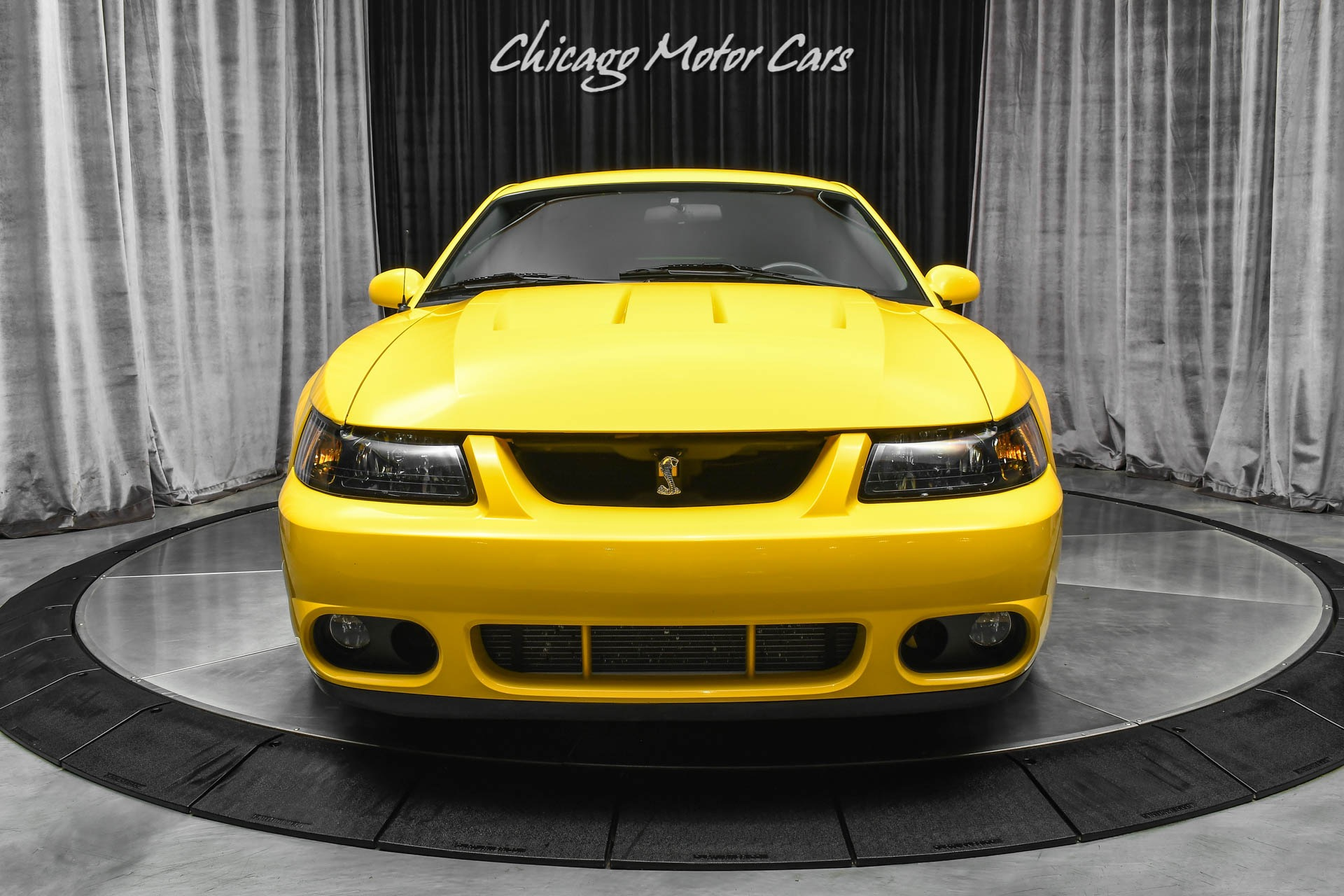 Used-2004-Ford-Mustang-SVT-Cobra-Coupe-SVT-ONLY-20K-MILES-TASTEFUL-MODS-COLLECTIBLE