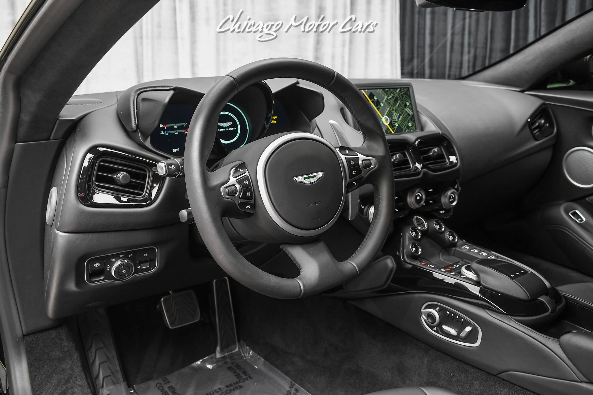 Used-2020-Aston-Martin-Vantage-Tech-Collection-Only-1100-Miles-500-Horsepower