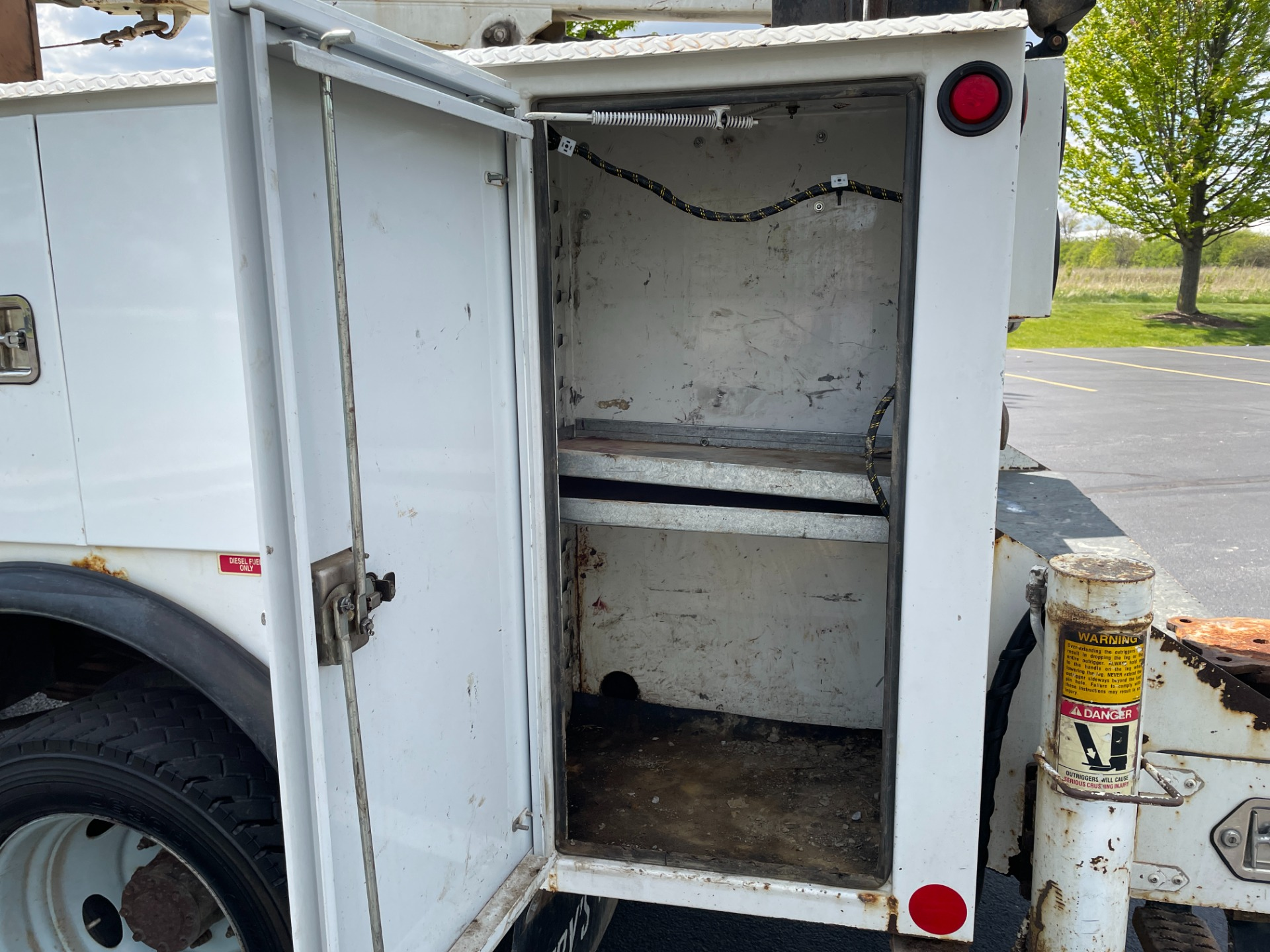 Used-2002-Ford-F550-Service-Truck---73-Liter-Diesel---IMT-Crane-and-Compressor