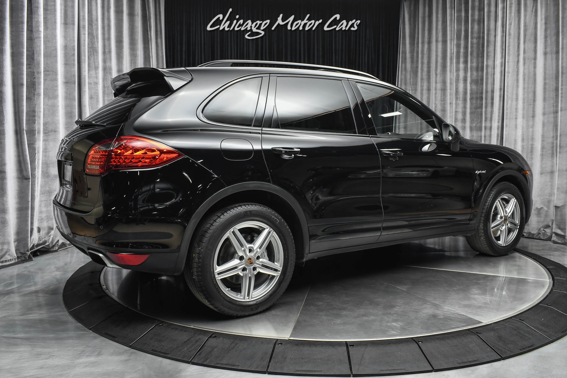Used-2014-Porsche-Cayenne-AWD-S-Hybrid-Convenience-Package-Navigation-PDLS