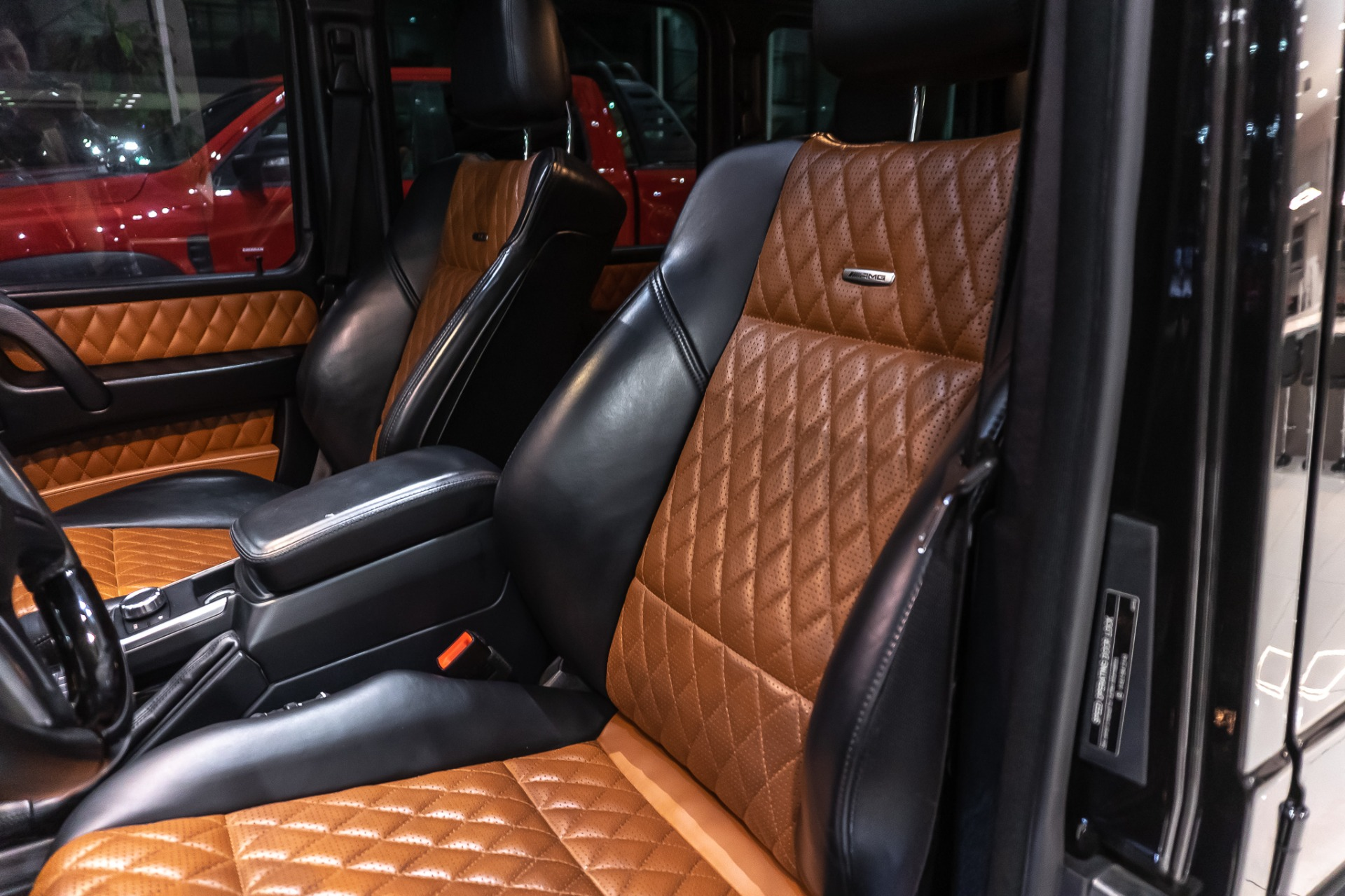 Used-2015-Mercedes-Benz-G63-AMG-SUV-DESIGNO-LEATHER-PKG-AMG-SPORT-SEATS