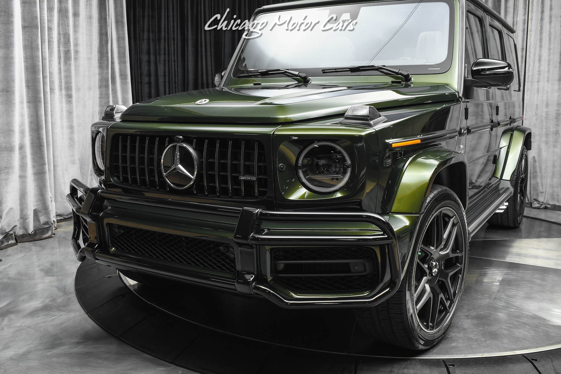 Used-2021-Mercedes-Benz-G63-AMG-G-Manufaktur-Olive-Metallic-Interior-Package-PLUS-Carbon-Fiber