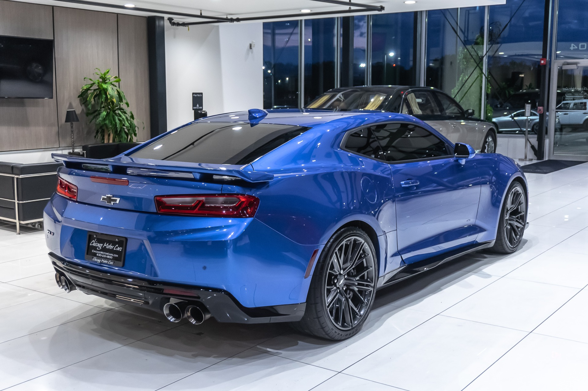 Used-2018-Chevrolet-Camaro-ZL1-COUPE-FULLY-LOADED